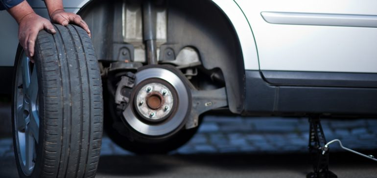 Nu totul se rezuma la uzura.  Tu stii cand trebuie sa schimbi anvelopele?